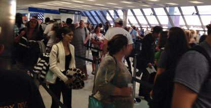 long airport security lines